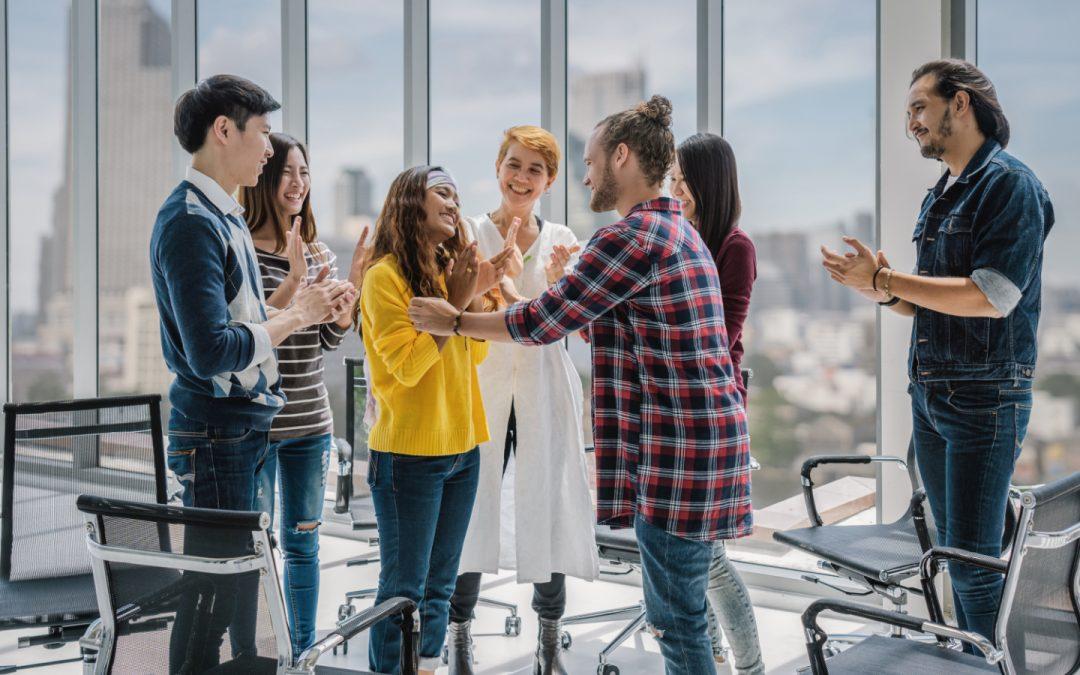 Capital avec Management: Managers, comment redonner du sens à votre travail